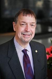 Dr Steve Carstensen
